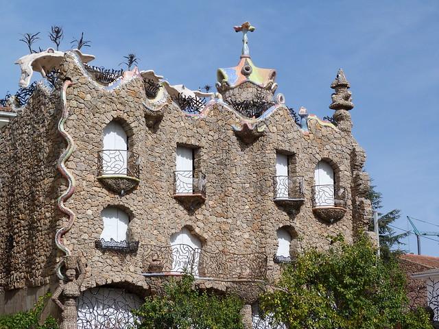 Casa estilo Gaudí en Rillo de Gallo (Señorío de Molina, Guadalajara)