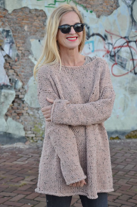 dusty pink knitted sweater pattern