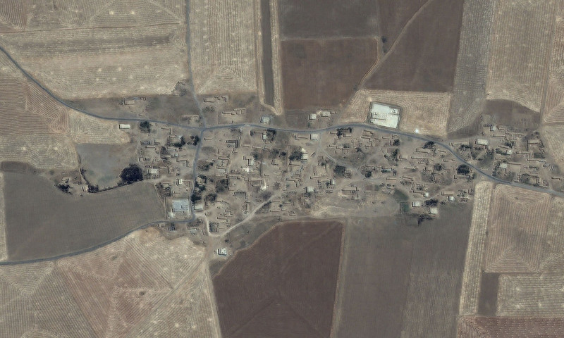 Syria Us Ally S Razing Of Villages Amounts To War Crimes Amnesty