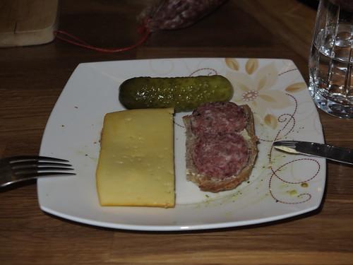Käse und Ahle Wurscht auf Ur-Dinkel-Brot