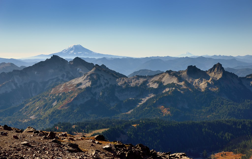 Mountain Peaks and Stratovolcanoes (Mount Rainier National Park)