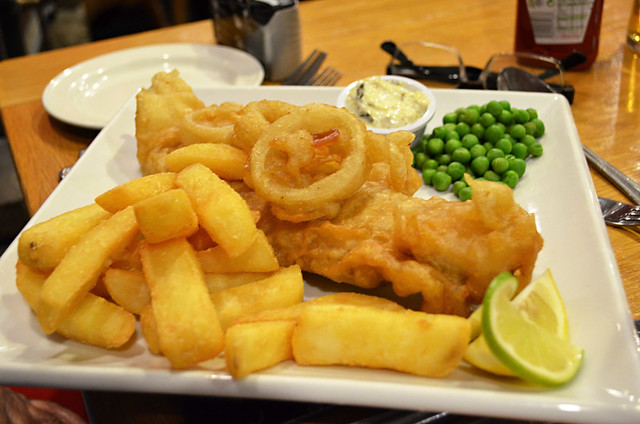 Fish and chips, Kingarth Hotel, Bute, Scotland