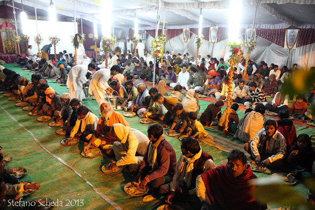 Community dinner at Kumbh Mela - Allahabad, India
