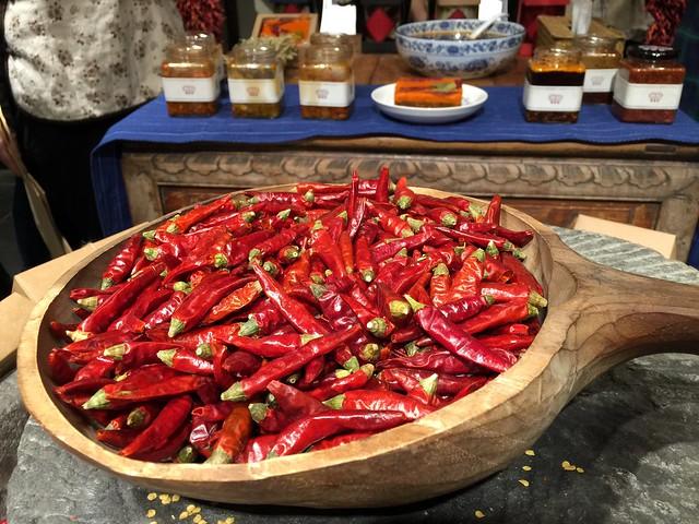Pimientos en un mercado de Yunnan (China)