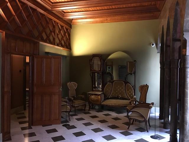 奎爾宮室內