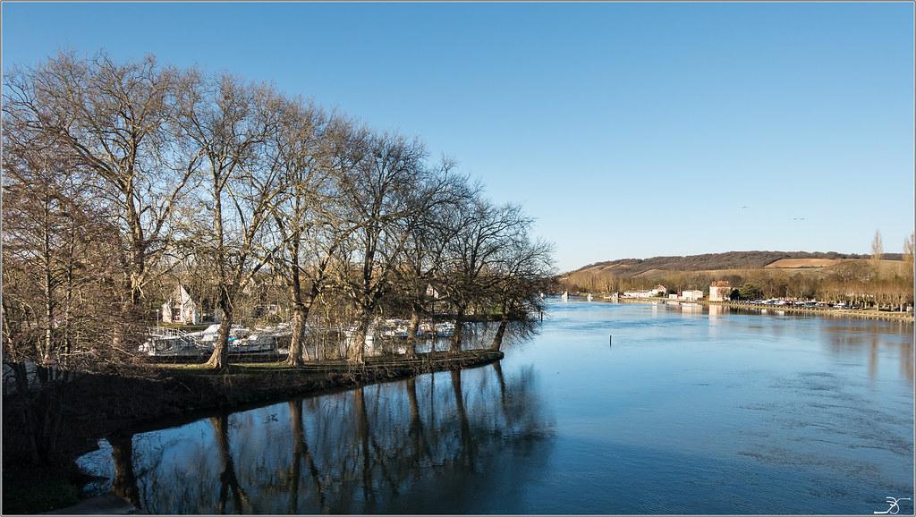 Villeneuve sur Yonne en Automne 31217079521_4e345d3f2e_b