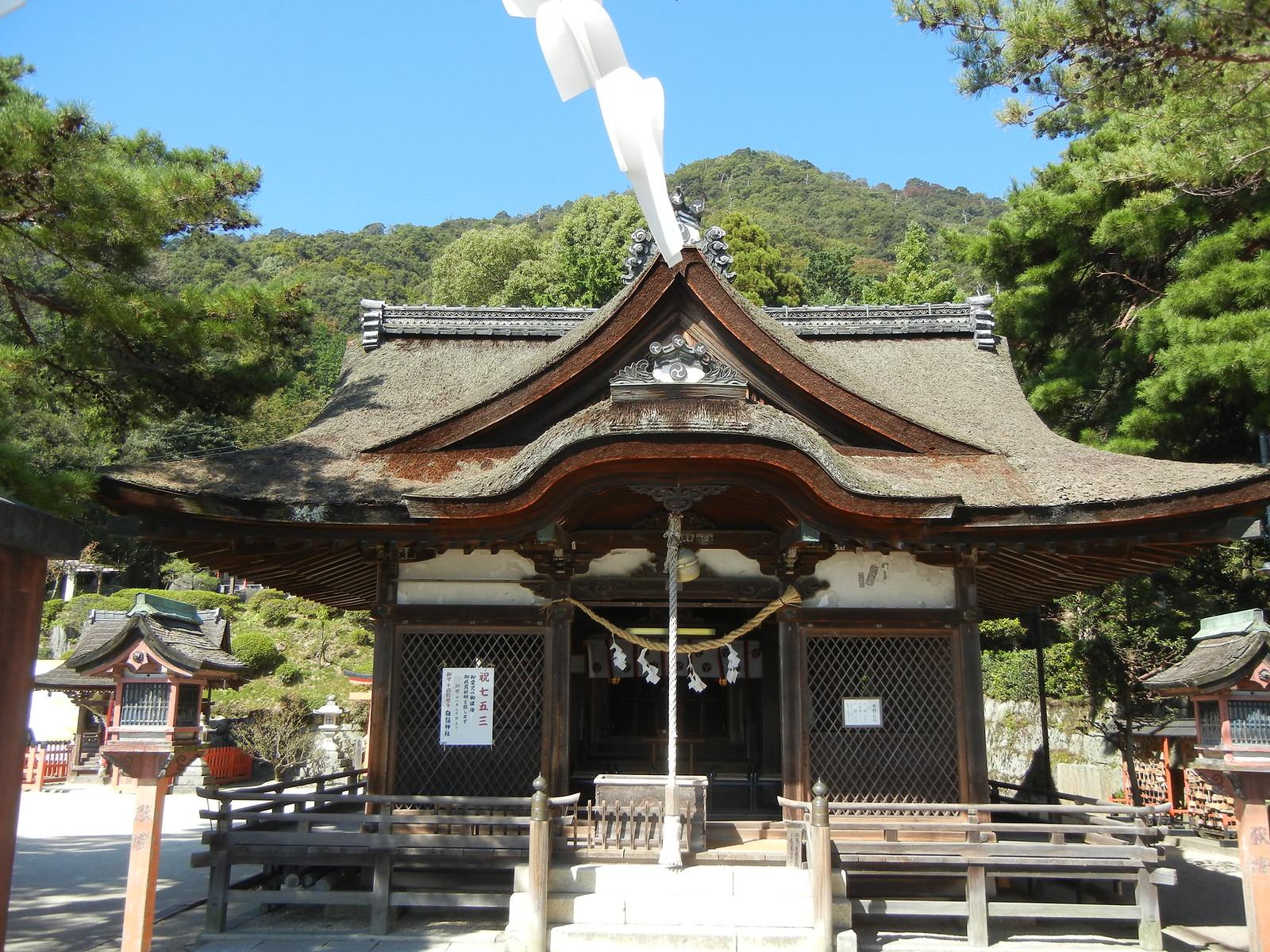白鬚神社社殿