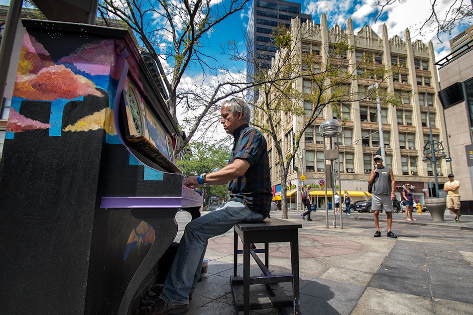Piano Player, 16th Street Mall, Denver