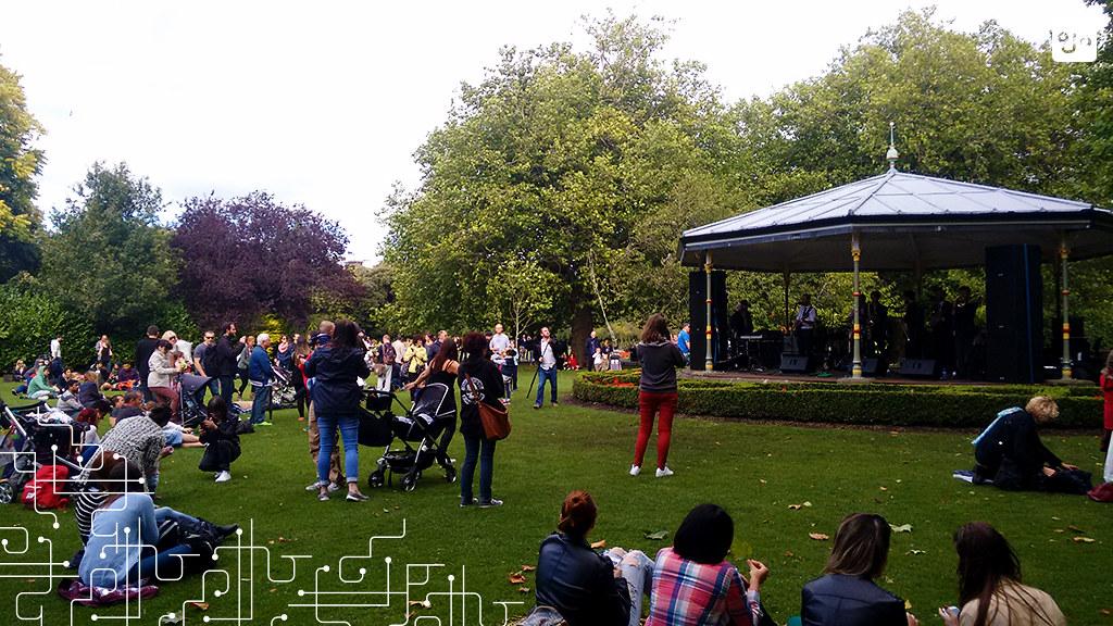 Show no St Stephen's Green, um dos parques centrais de Dublin