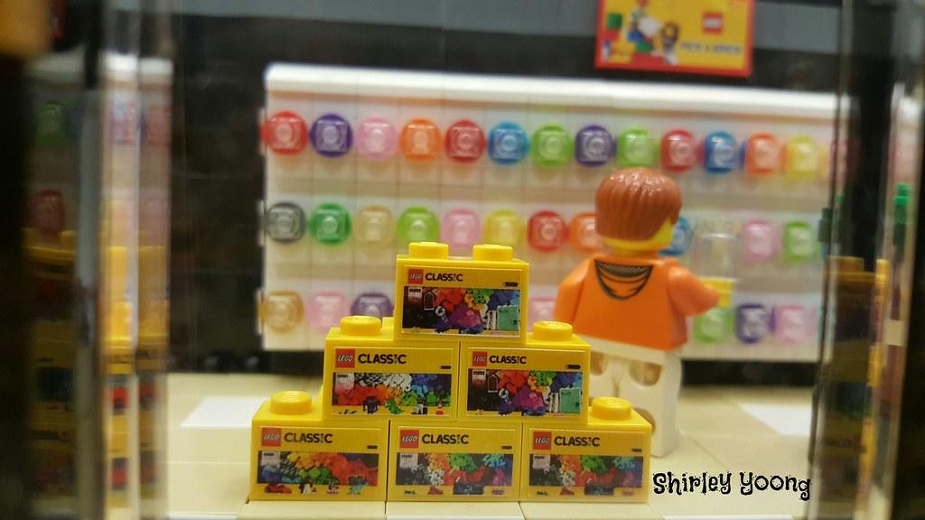 Custom Modular Features Amazingly Detailed Lego Store Sprawling