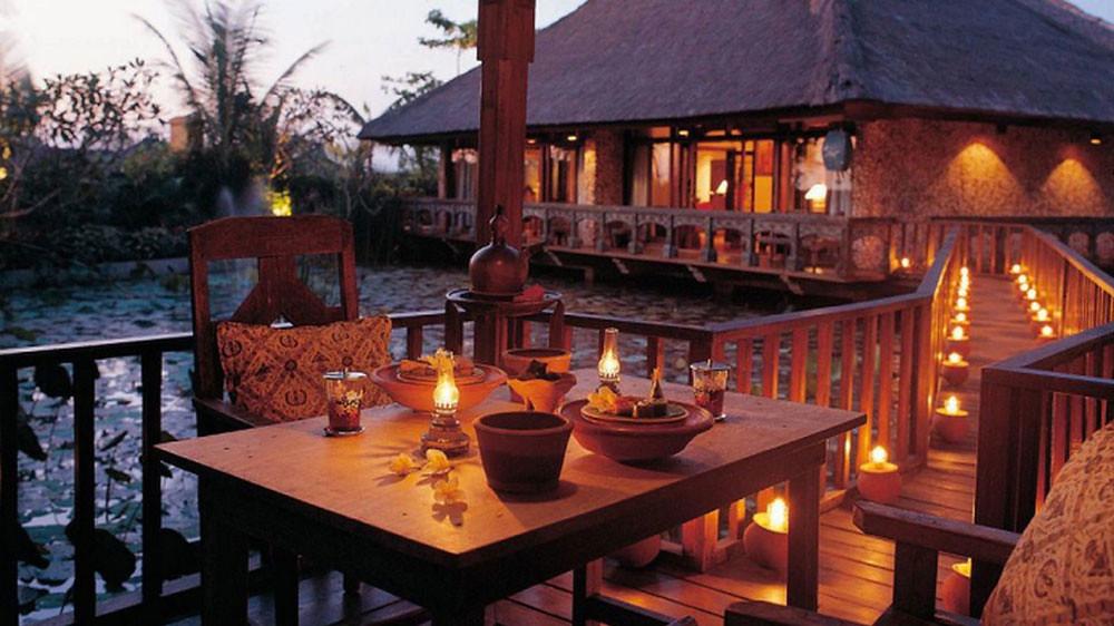 9-villa-dining