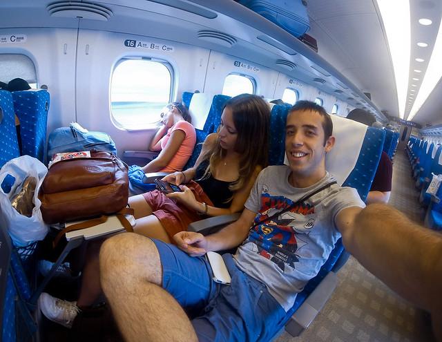 A bordo de un Shinkansen de Osaka a Tokio