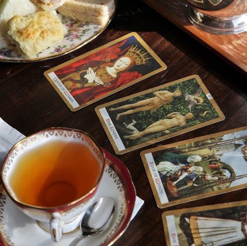 1-tarot-and-tea-biku-restaurant-by-danielle-wesseling-5