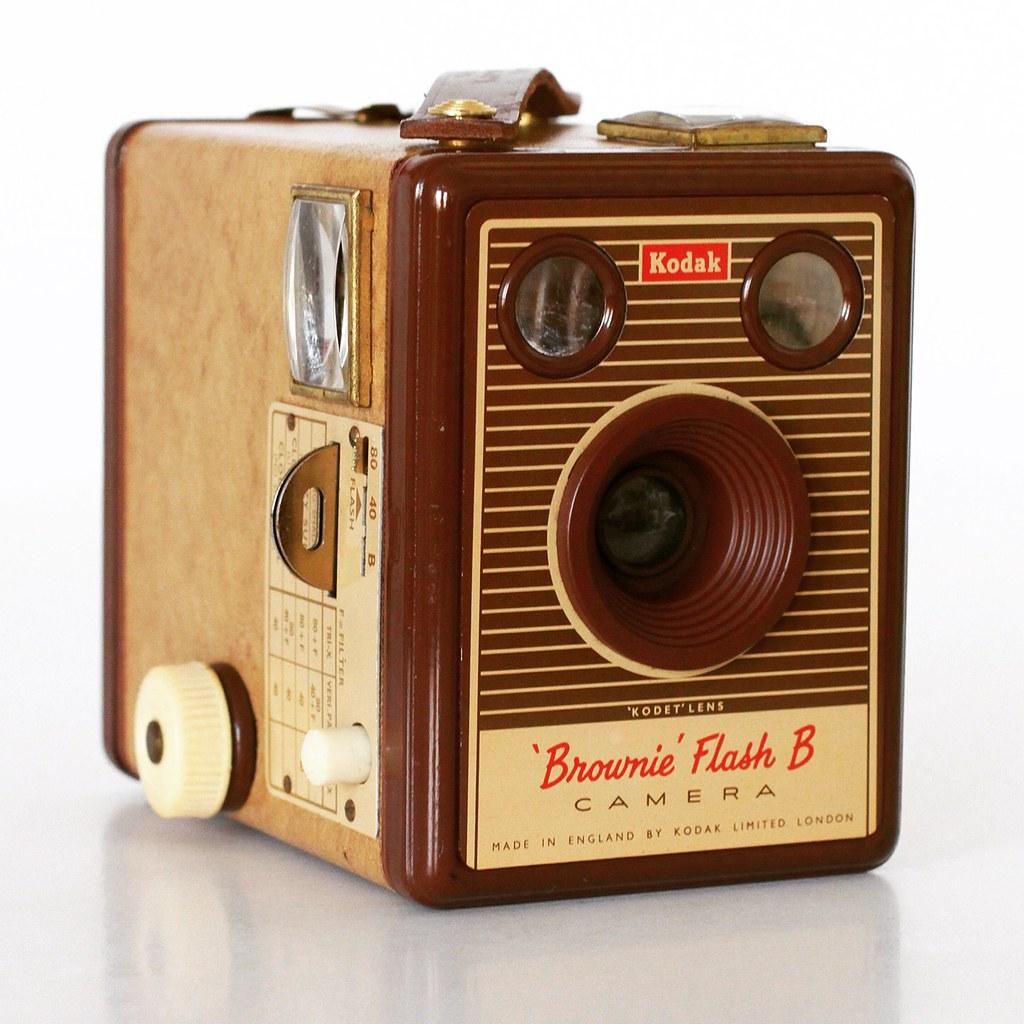 kodak brownie flash b les 30 glaneuses flickr. Black Bedroom Furniture Sets. Home Design Ideas