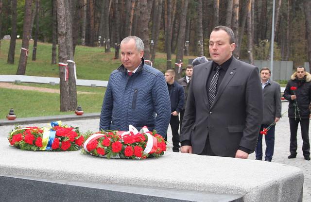Керівники української та польської спецслужб вшанували пам'ять Героїв Небесної Сотні та жертв сталінських репресій
