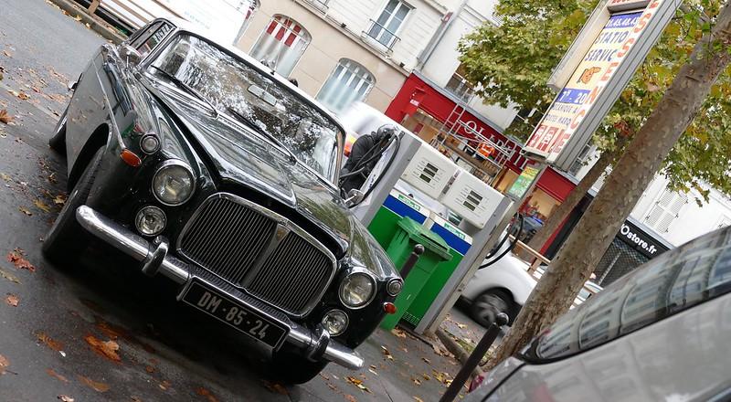 Vue dans la rue, Rover 3500 P5 / 1968 Coupé  30826117981_fa45197d6b_c