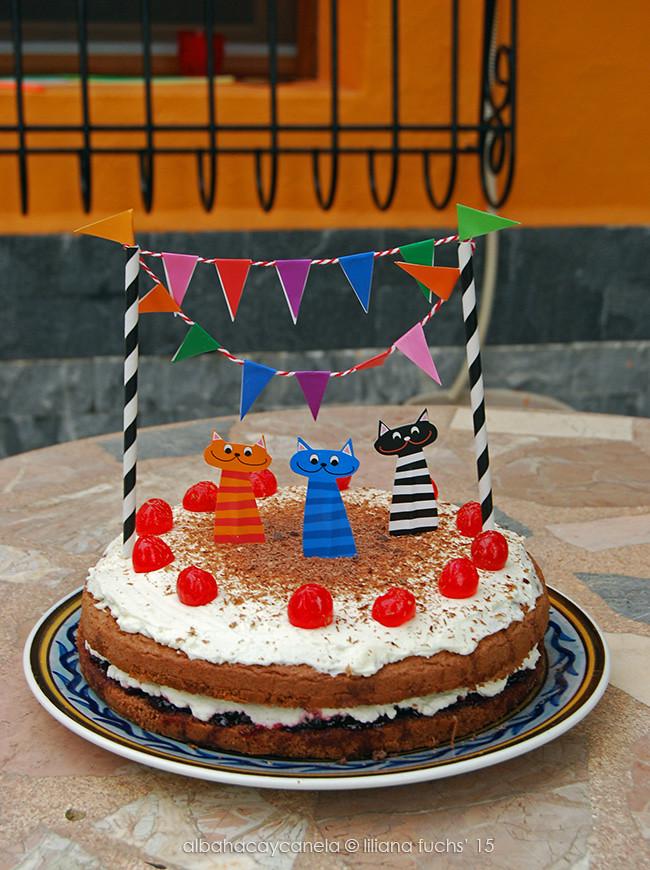 Lactoe Free Cake