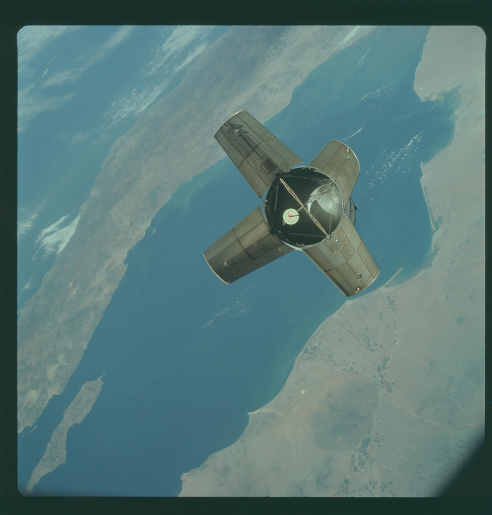 AS07-3-1530 | Apollo 7 Hasselblad image from film magazine ...