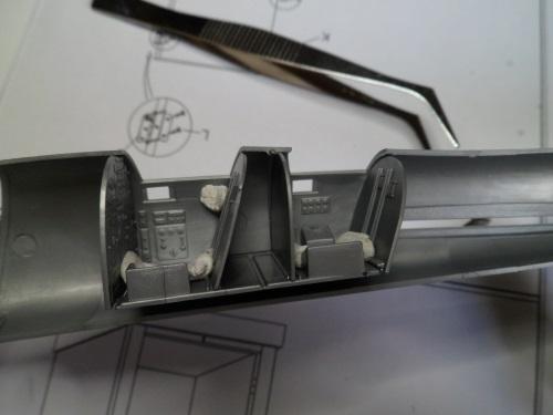*Montage en cours* Convair B-58 Hustler [Italeri 1/72] 21420931389_fa687d6b46_o
