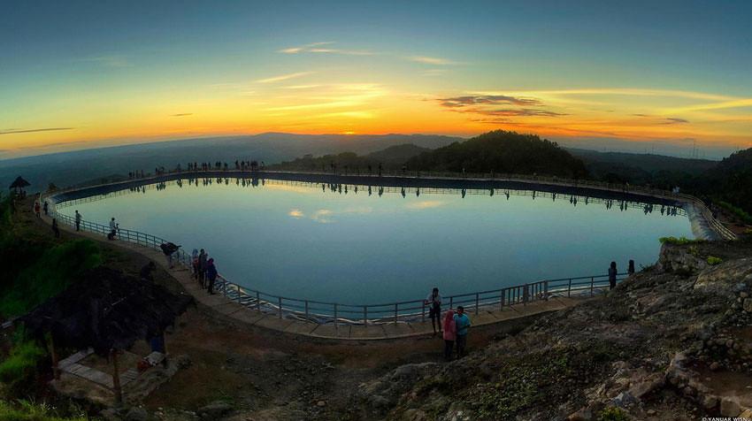 17-Nglanggeran-reservoir-YanuarWisnu.jpg