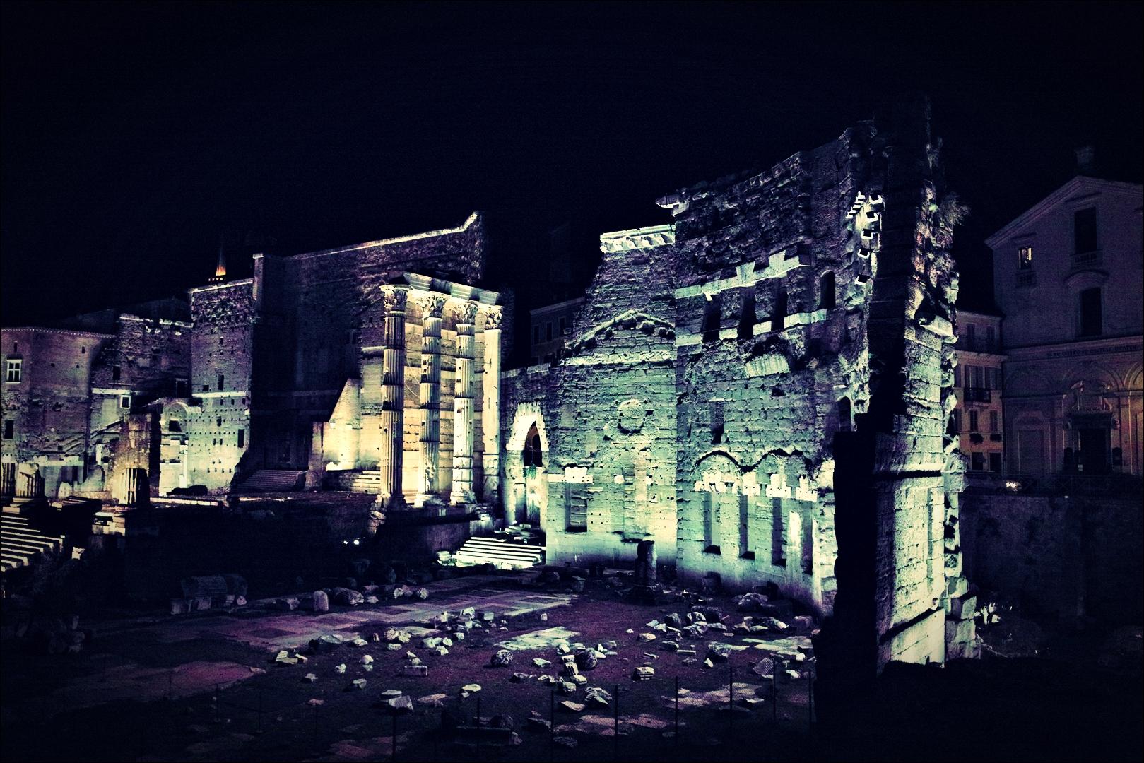 발굴현장-'로마의 밤거리'