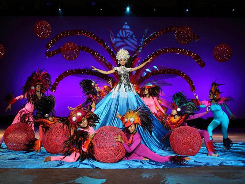 5. Bali Agung Dewi's Dress by bali-agung-tours.com