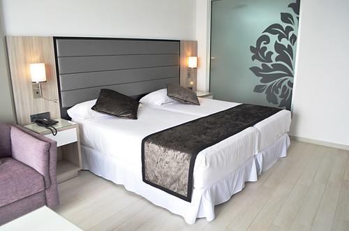 Bedroom, RIU Palace Hotel, Costa Adeje, Tenerife