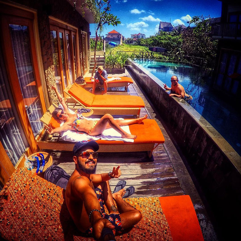 9-having-fun-by-pool-via-ralphcm