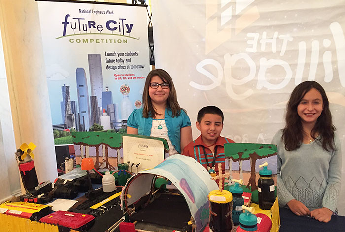 Future City participants Casandra Dauz, José Valdez and Jaleena Rolon (l to r) at the 2015 White House Science Fair.