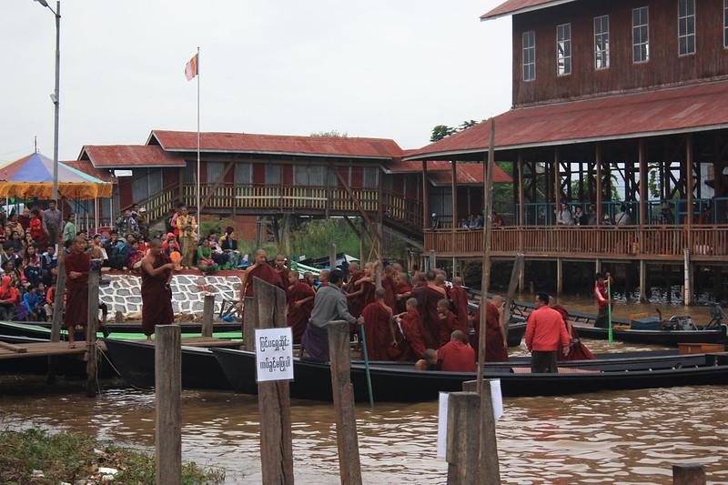 буддисты Мьянма