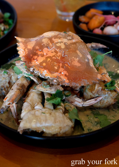 Blue swimmer crab with white pepper sauce at Good Luck Pinbone in Kingsford