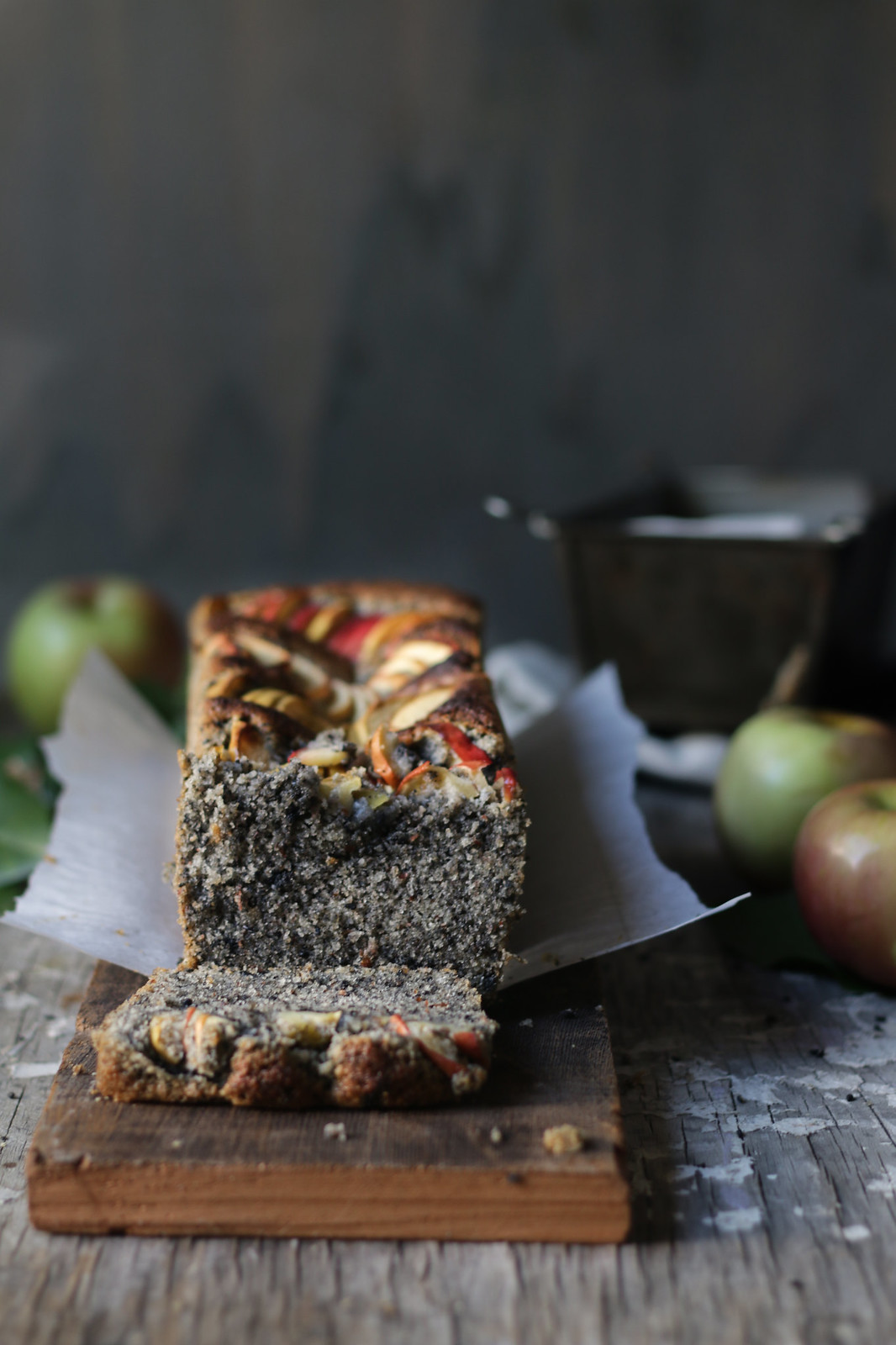 Sesame-Almond Apple Cake