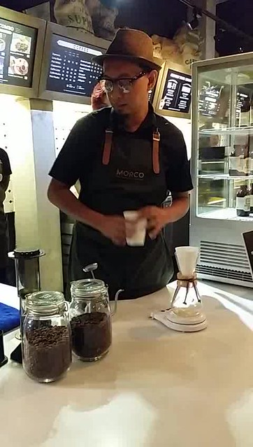 Morco Coffee Chemex Pour Demonstration