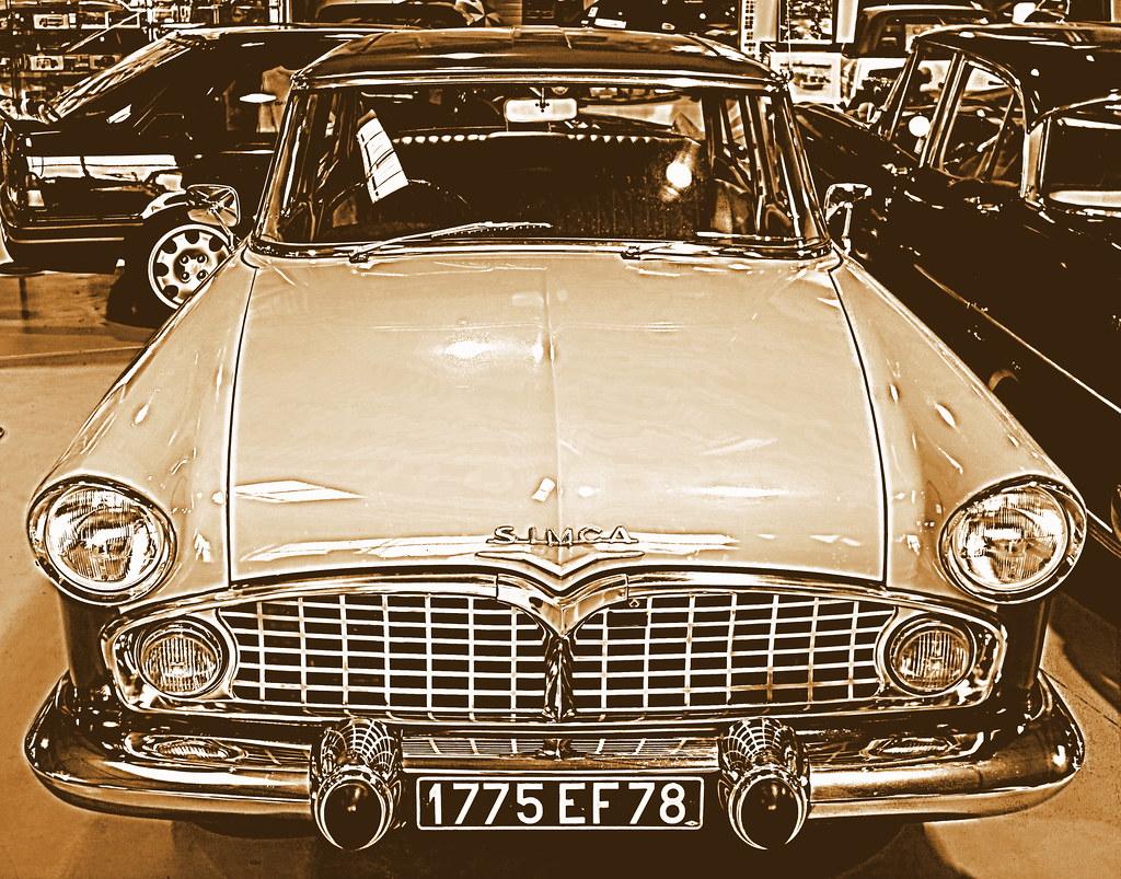 N 10 mus e de l auto poissy caapy classic cars vieille for Salon vieilles voitures