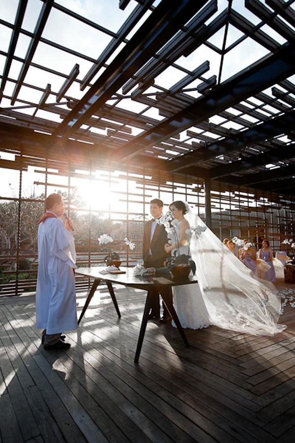 alilavillas-uluwatu weddingguideasia.com