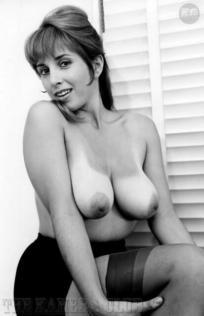 Brenda Denaut  nackt