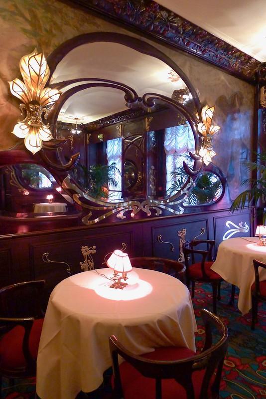 Maxim's de Paris