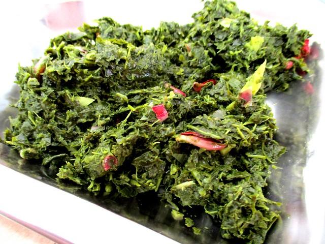 Anak Borneo tapioca leaves