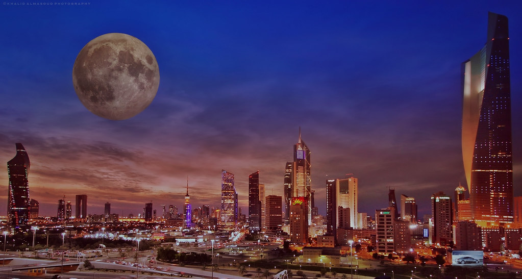Terms Of Use >> Full moon over Kuwait city | The capital of Kuwait in winter… | Flickr