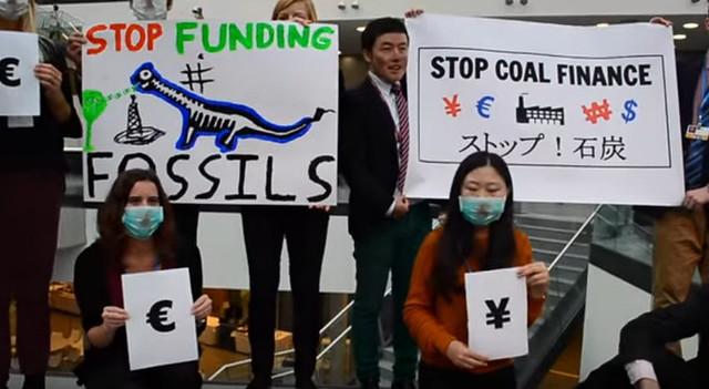 2015德國波昂 非政府組織停止補助化石燃料活動。資料來源:www.stopfundingfossils.org www.youtube.com/watch?v=YeLS1UtcERg