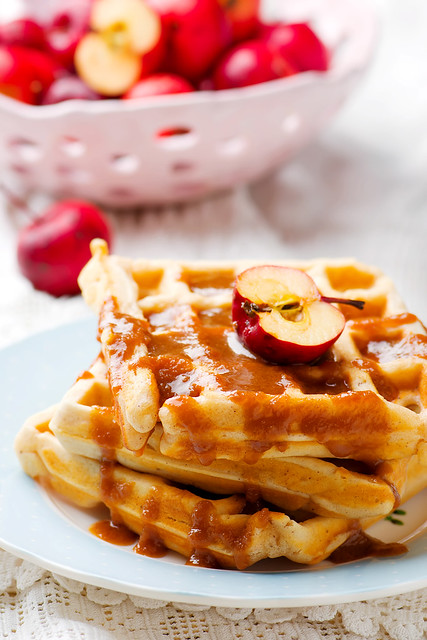 waffle with apples