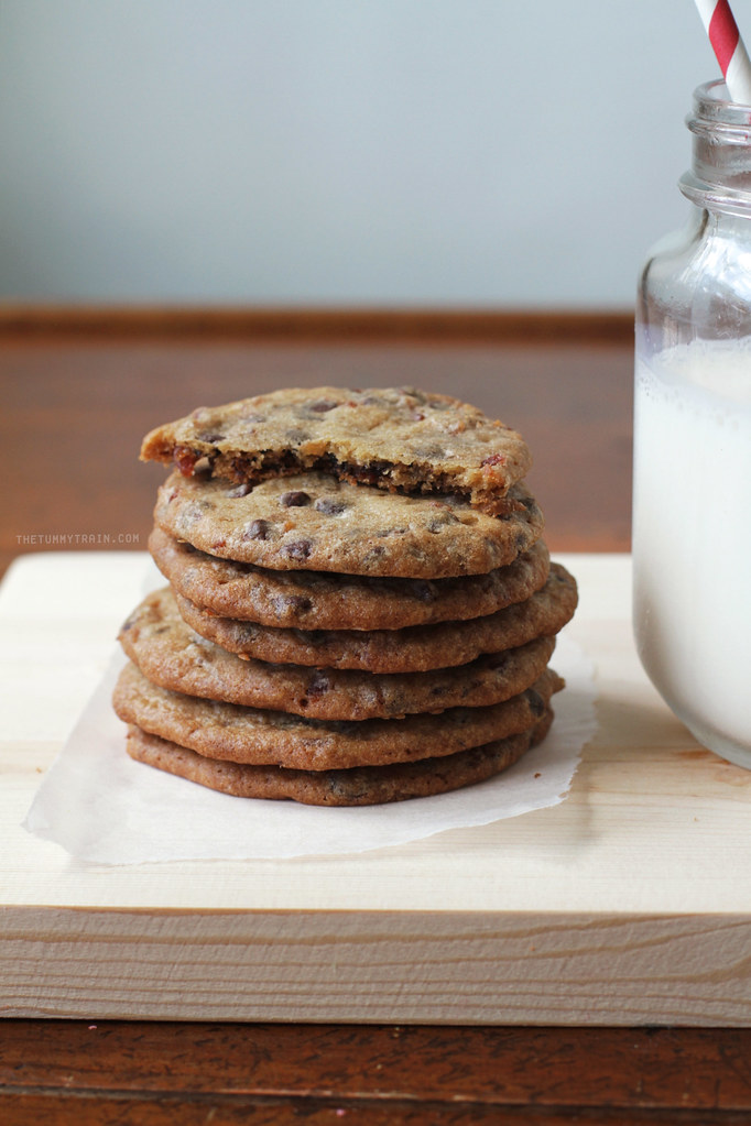 21889256225 21042f2931 b - Happily going mad for these Candied Bacon Chocolate Chip Cookies
