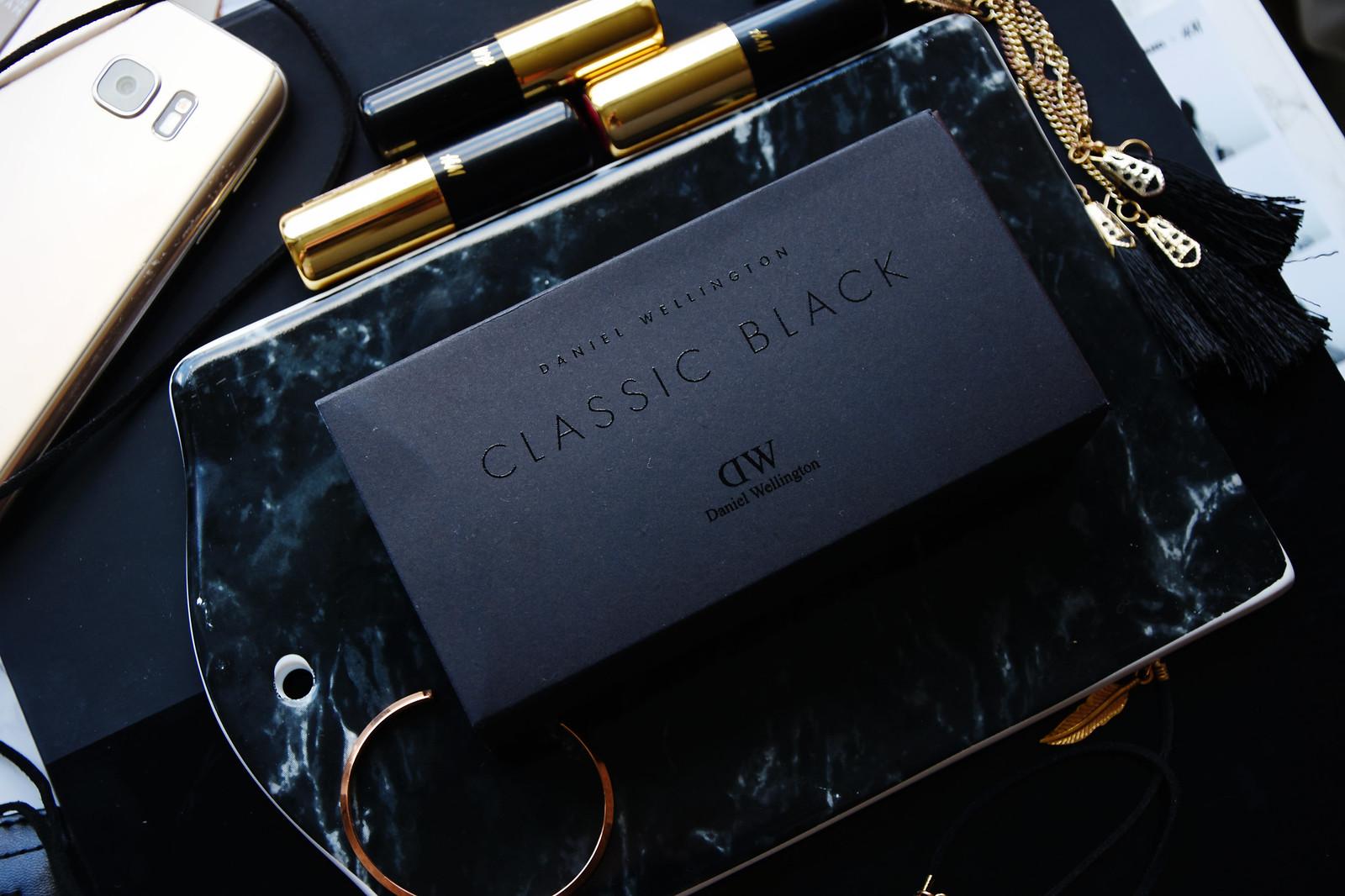 Daniel Wellington classic black watch review
