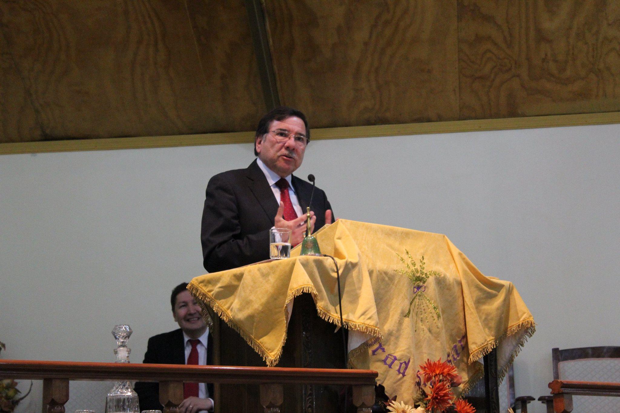 Hualpén dedica vigilia a alabar al Señor