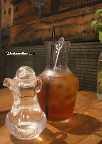 Strawberry Tea - Rp18.000