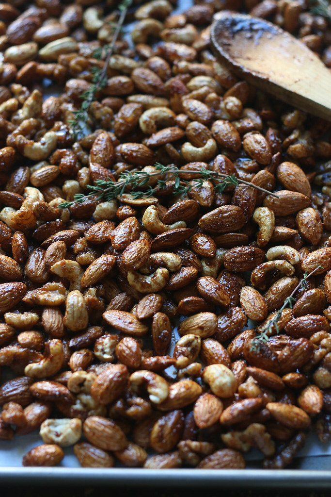 Balsamic Spiced Mixed Nuts