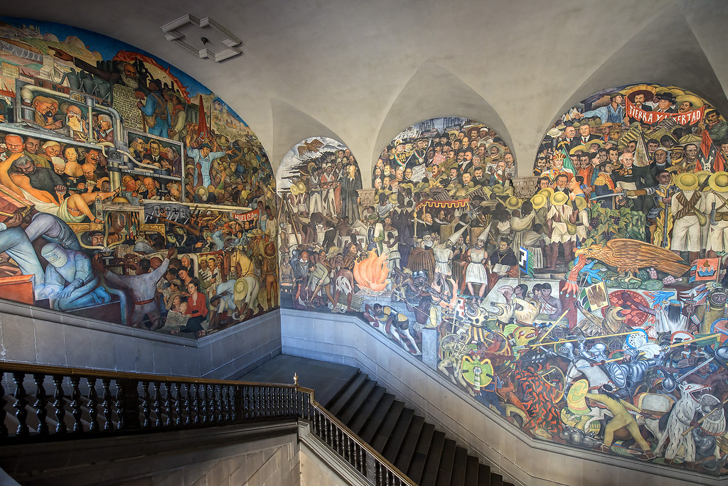 Diego rivera the history of mexico mural palacio nacion for Diego rivera mural palacio nacional
