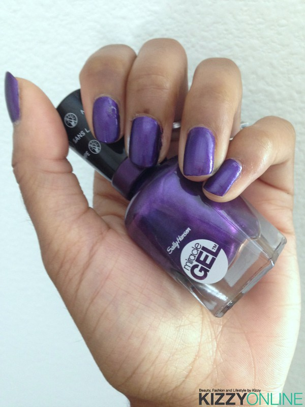 Sally Hansen Miracle Gel Purplexed swatches
