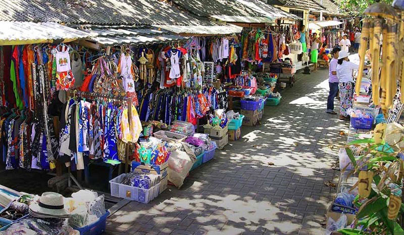8-sanur-art-market-via-fabulousubud