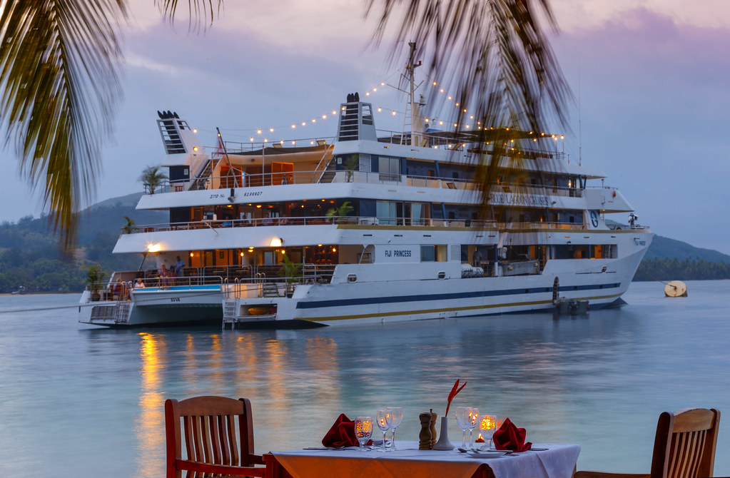 blue lagoon cruises on fiji time the avid cruiser. Black Bedroom Furniture Sets. Home Design Ideas